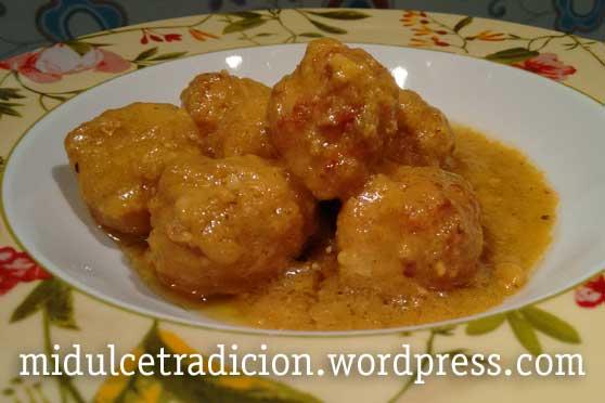 albondigas-salsa