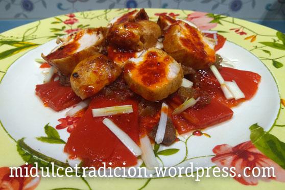 ensalada-templada-pollo-anchoas-piquillo